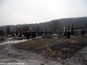 голосеево кладбище, голосеево монахи захоронение, монахи кладбище